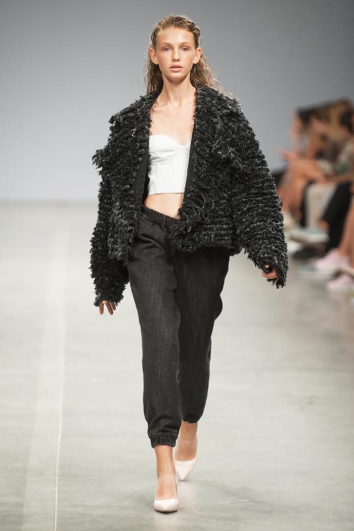 Ukrainian Fashion Week SS19 Ksenia Schnaider